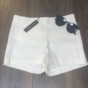 {W118 By WB}- Ivory Shorts- Size 4
